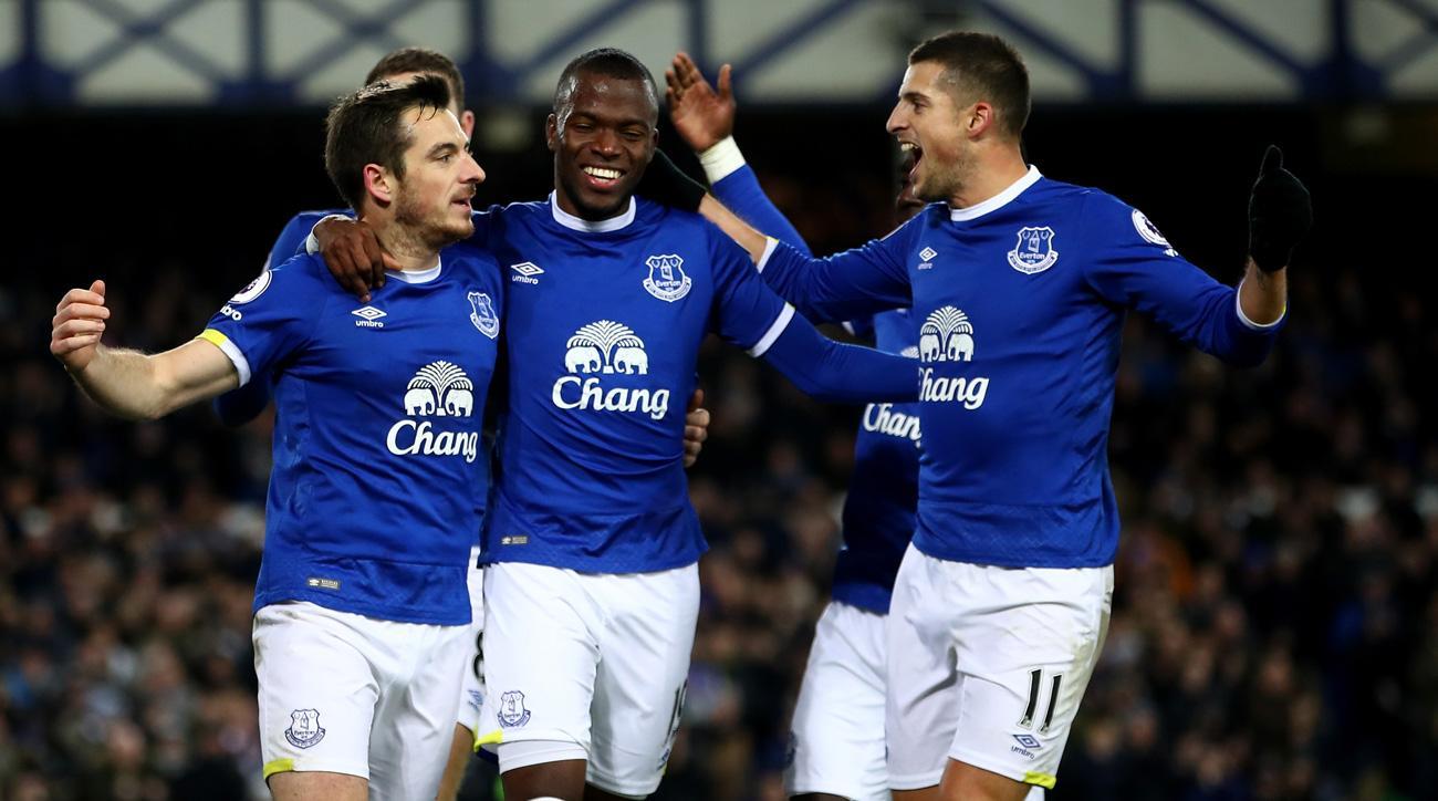 Everton beats Southampton 3-0 in the Premier League