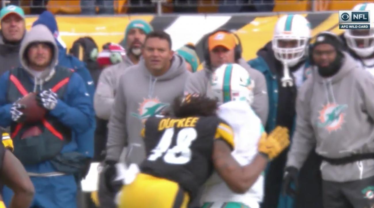 Matt Moore injury: Dolphins QB hurt on hit to head (video)