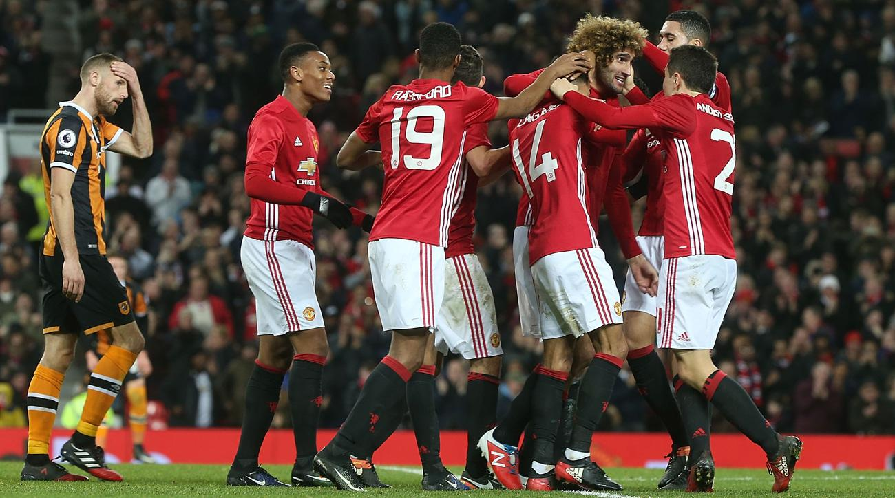 Manchester United beats Hull City in the first leg of the EFL Cup semifinals