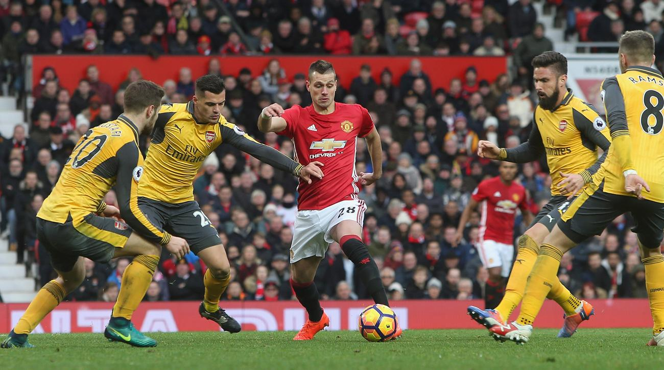 Morgan Schneiderlin appears headed to Everton from Manchester United