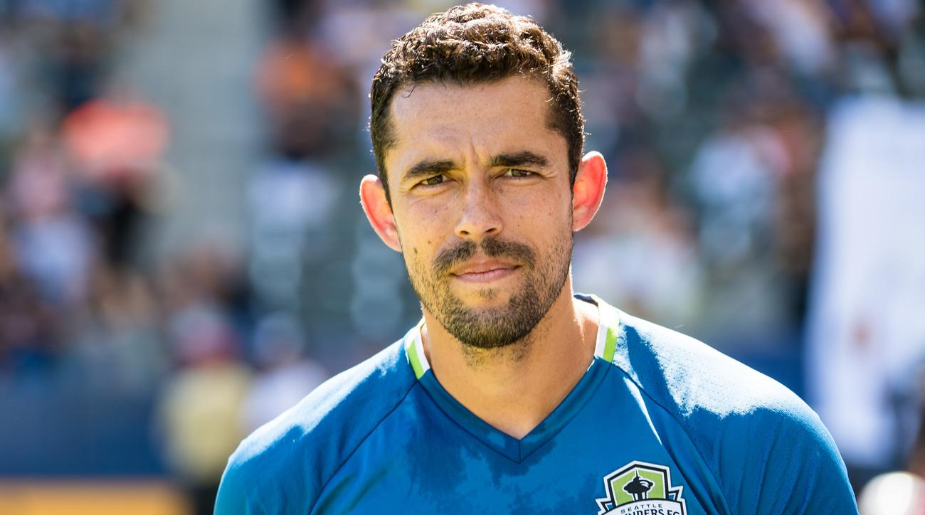 Herculez Gomez is retiring as a player to join ESPN
