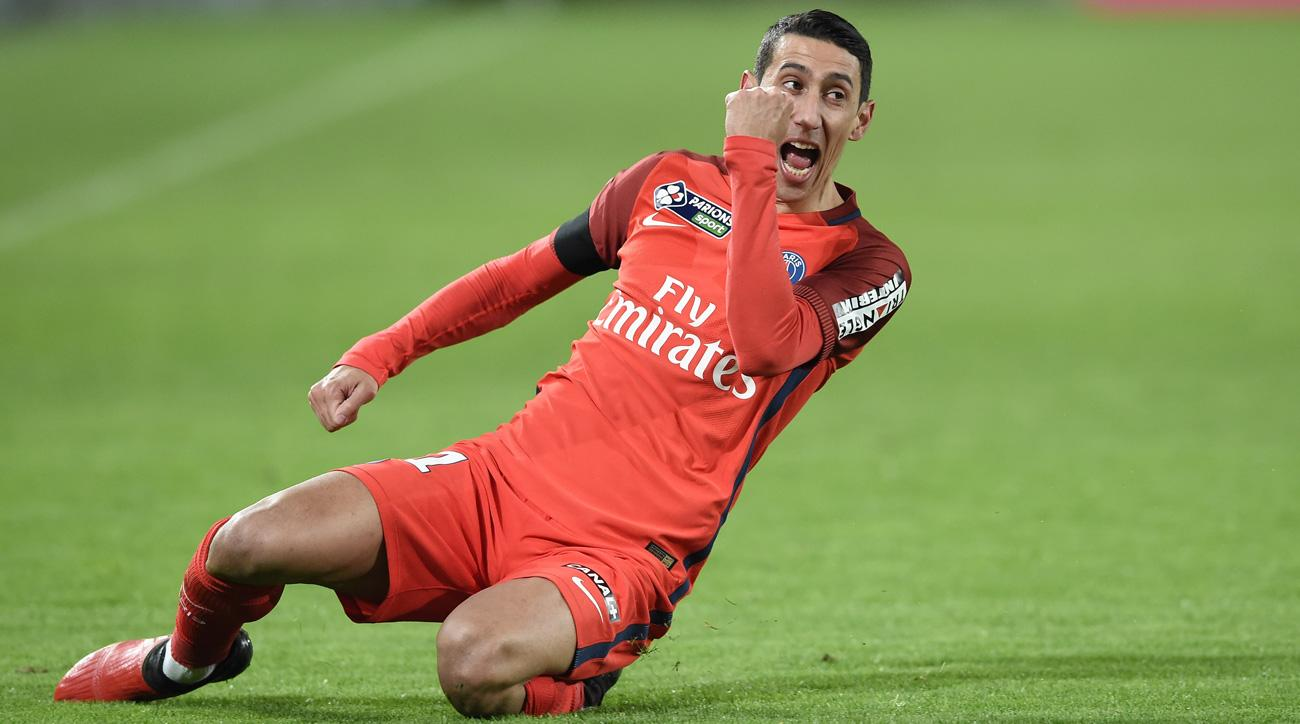 Angel Di Maria scores on a free kick for PSG vs. Bordeaux