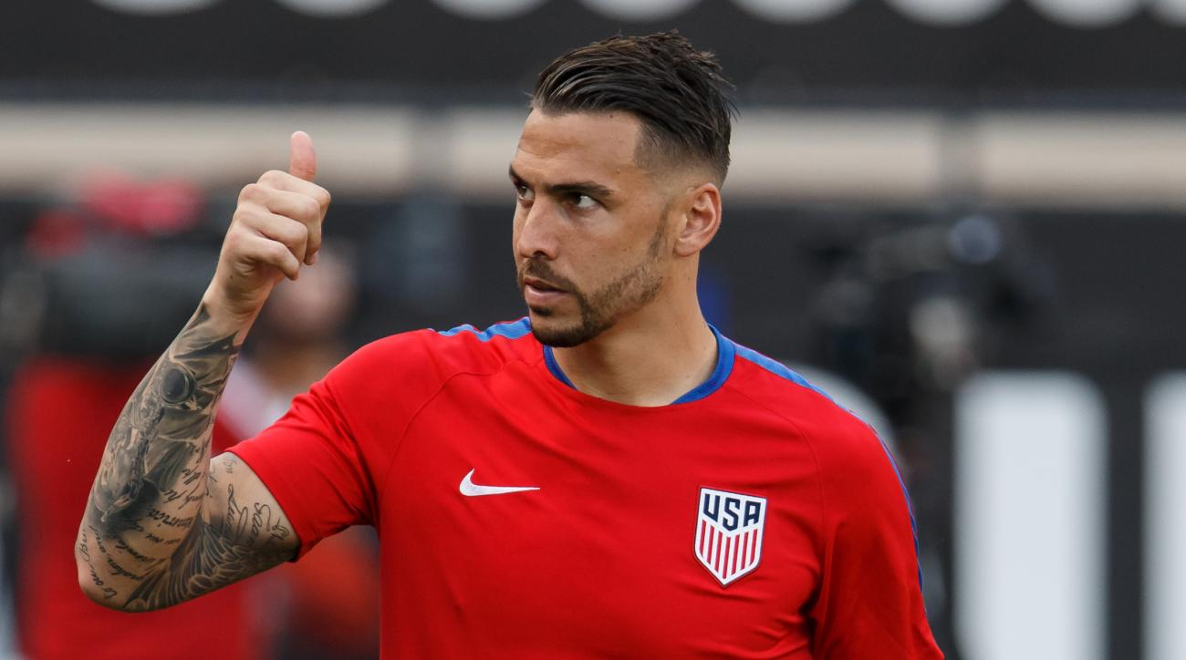 USMNT's Geoff Cameron supports Donald Trump's Muslim ban