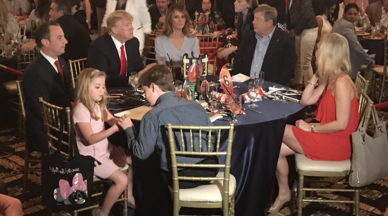 Donald Trump's Super Bowl party at golf club (photos)