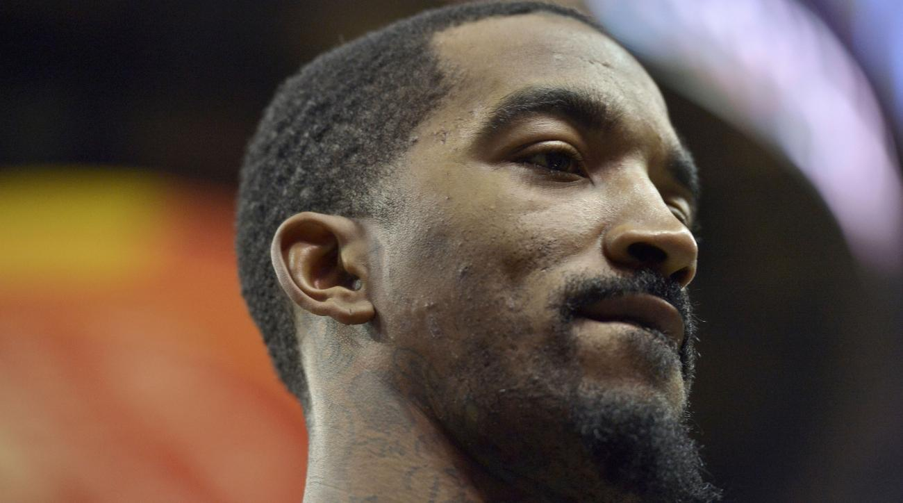 JR Smith tweeted his support for Charles Oakley.