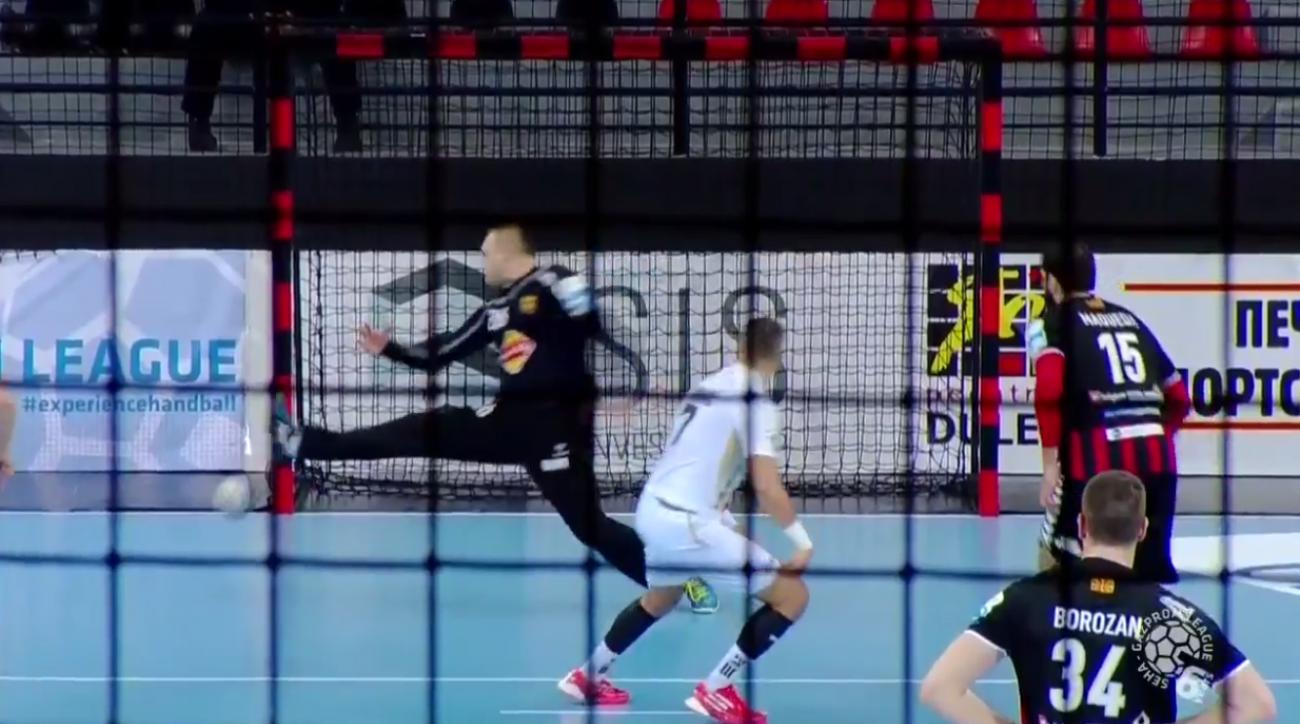 Croatian handball penalty shot uses amazing spin (video)