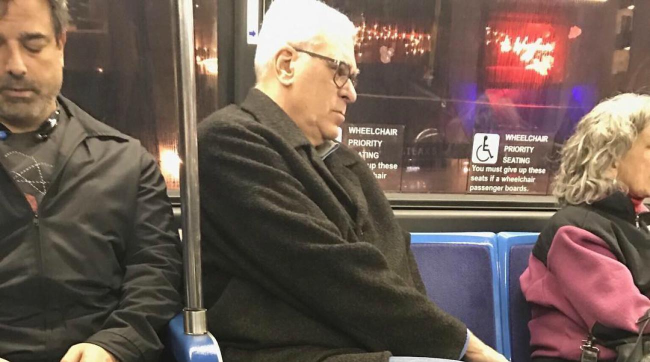 Knicks' Phil Jackson rides bus in New York City (photo)