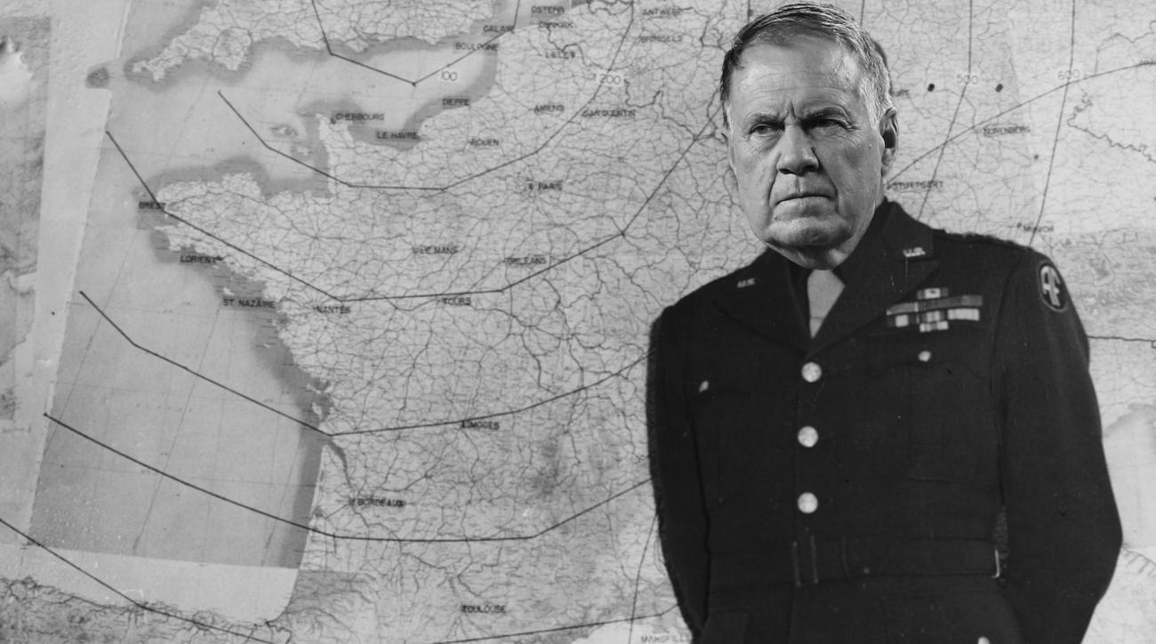 Patriots' Bill Belichick narrates World War II documentary