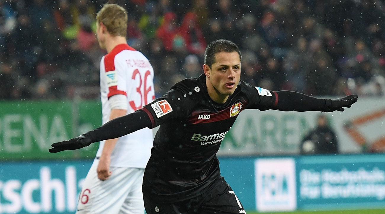 Chicharito scores for Bayer Leverkusen
