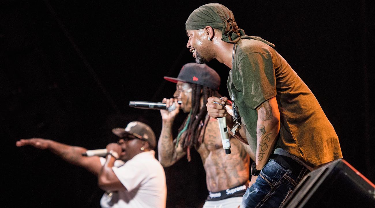 97c99e54bb5 LeBron James reunites Lil Wayne and the Hot Boys
