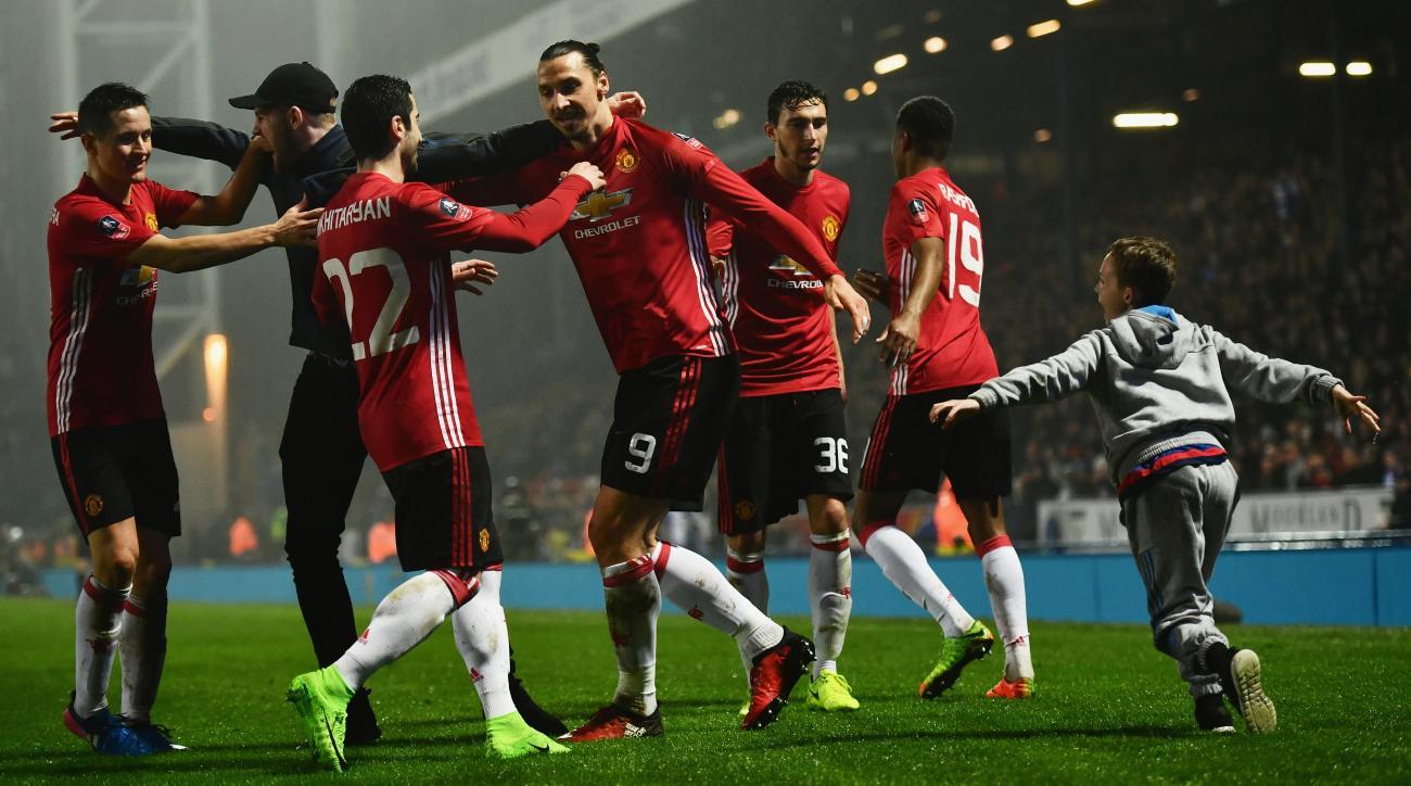 Watch Saint Etienne vs Manchester United online