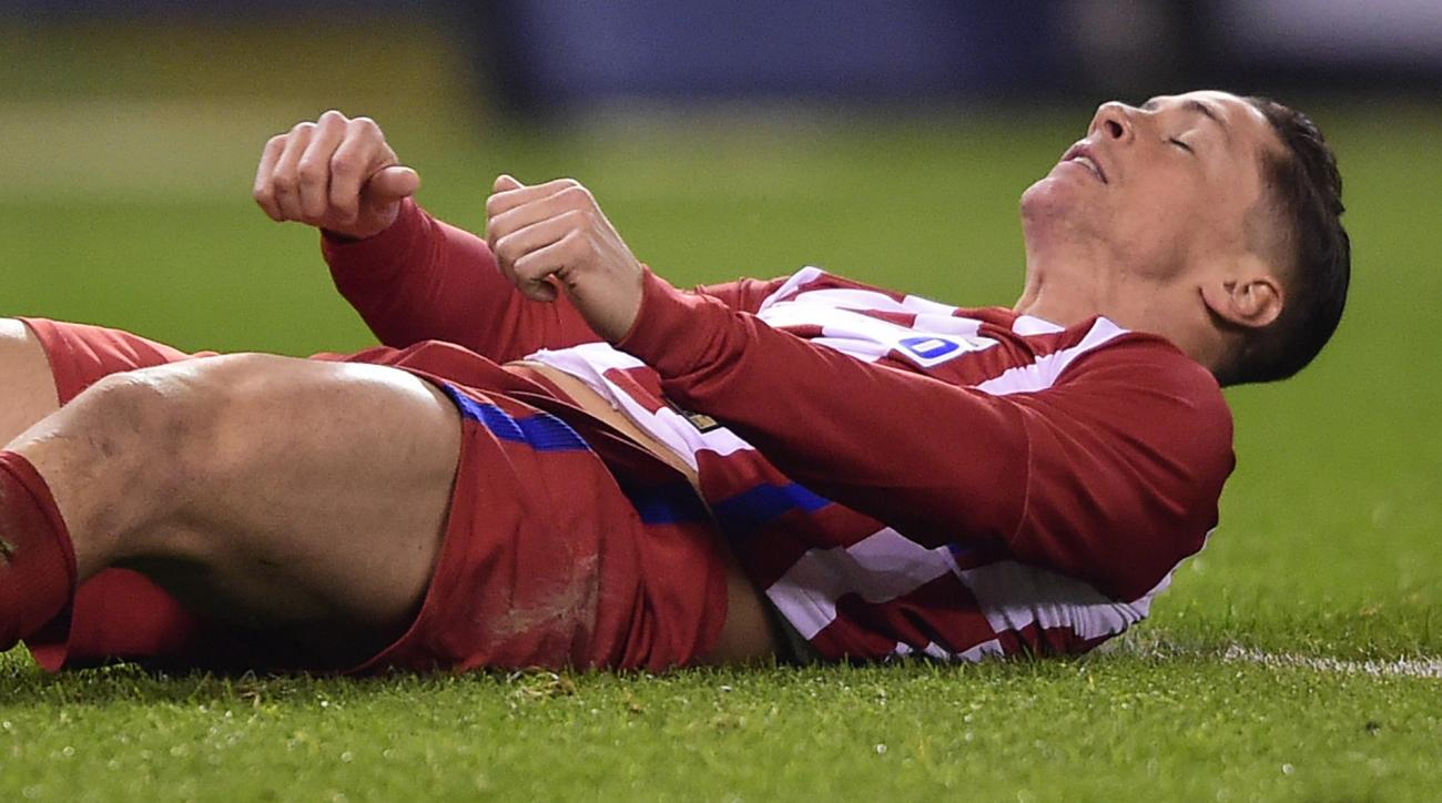 Fernando Torres injury: Atletico Madrid F knocked out