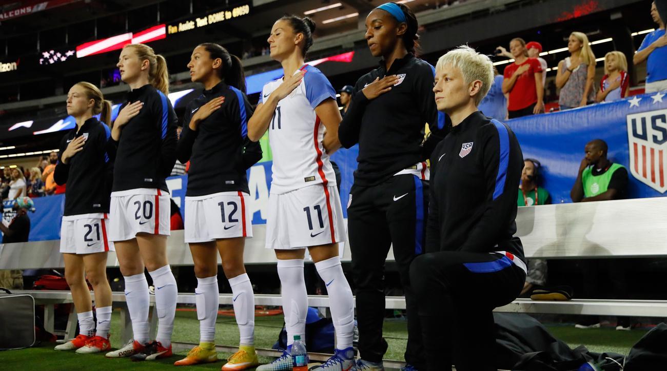 usa soccer kneeling national anthem