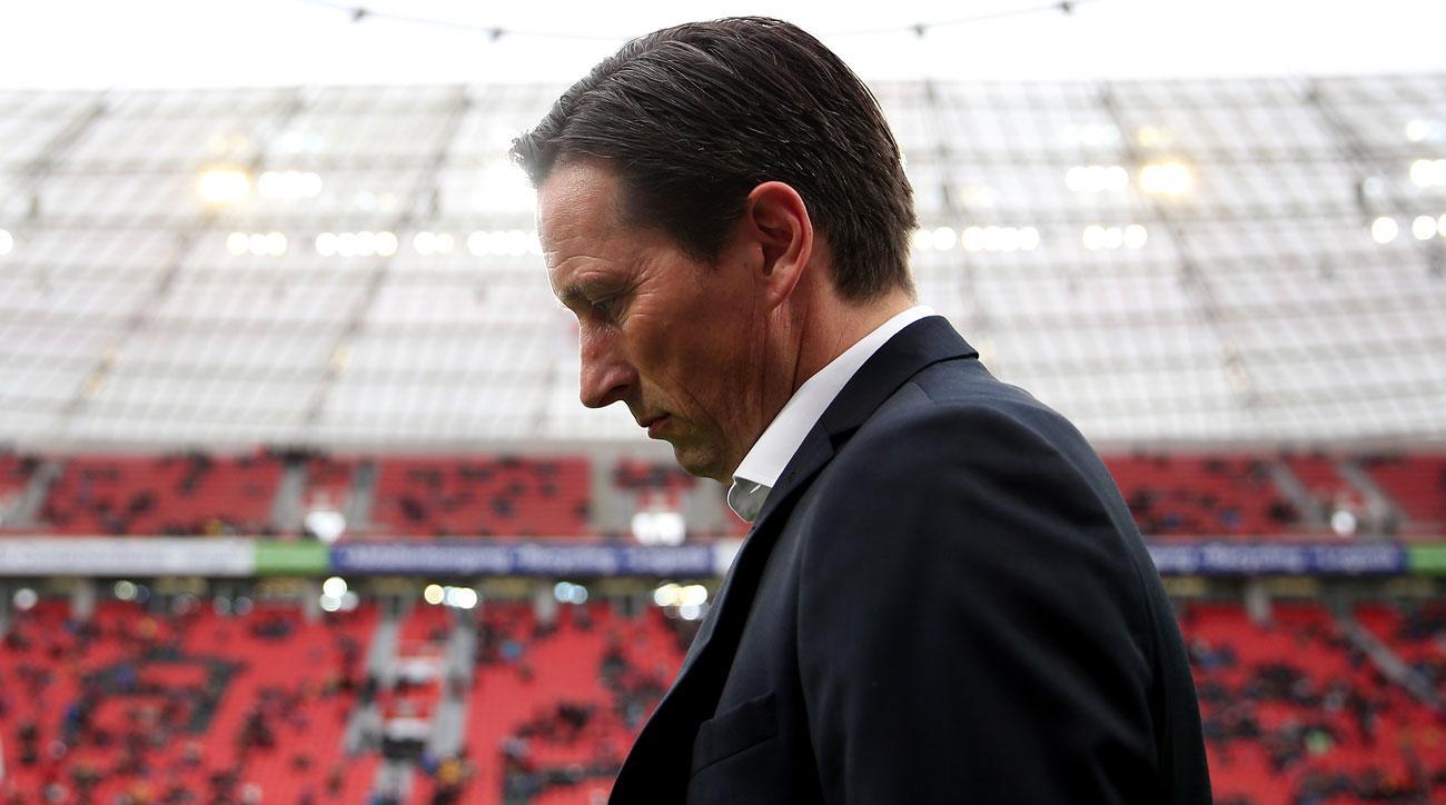 Bayer Leverkusen fires manager Roger Schmidt