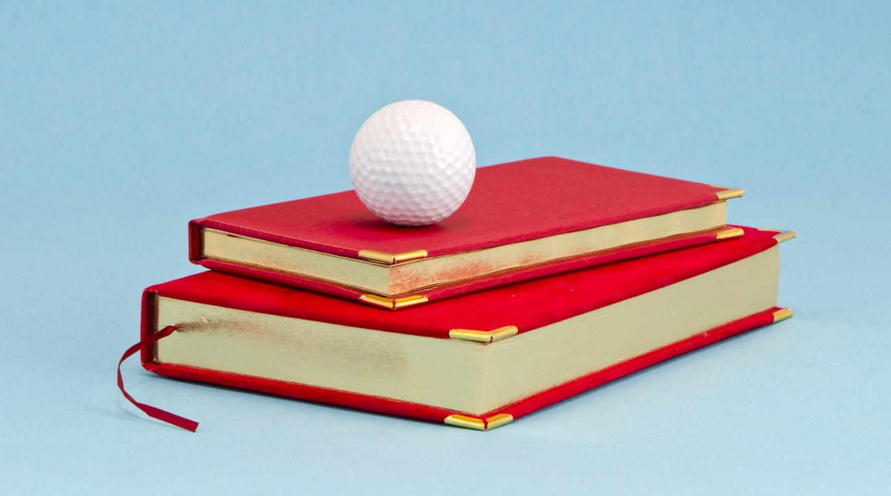 Alan Shipnuck has stocked the shelves of his personal library with books about golf and its personalities.