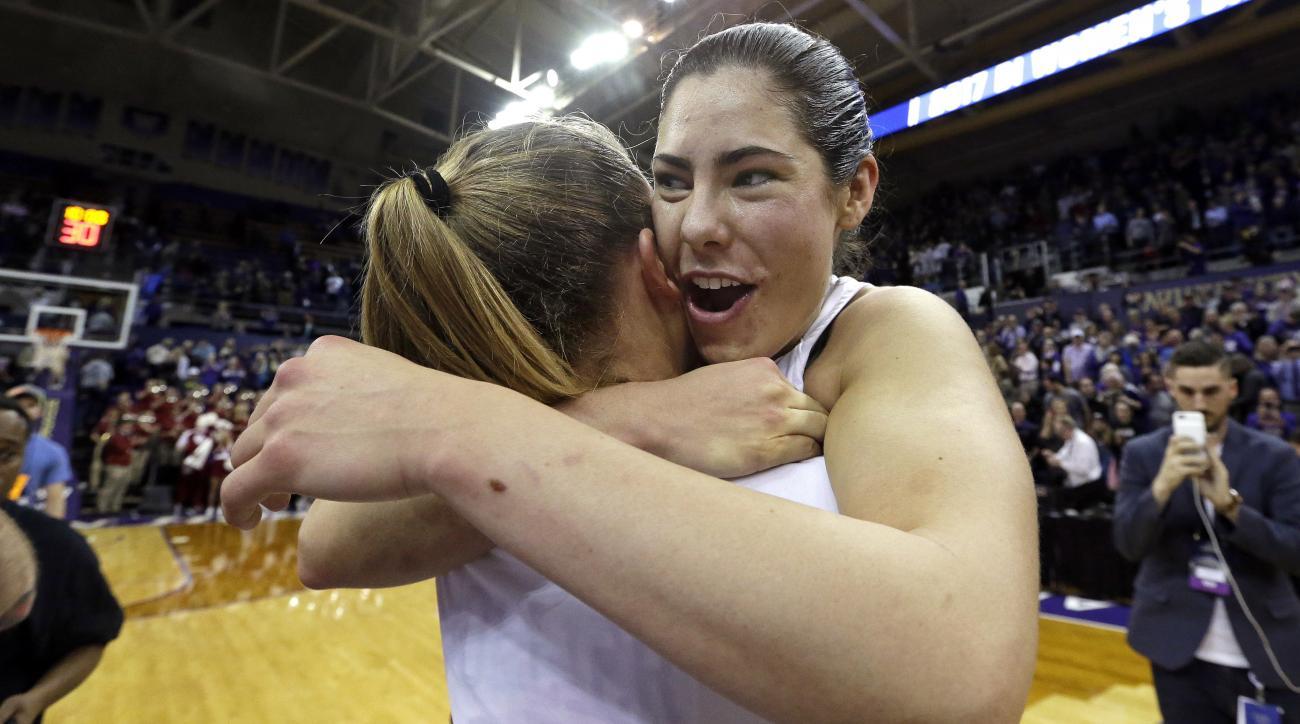 Kelsey Plum: Washington Huskies G breaks scoring record