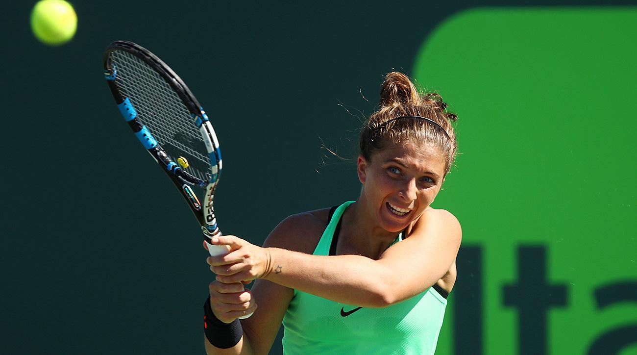 Miami Open: Sara Errani beats Belinda Bencic