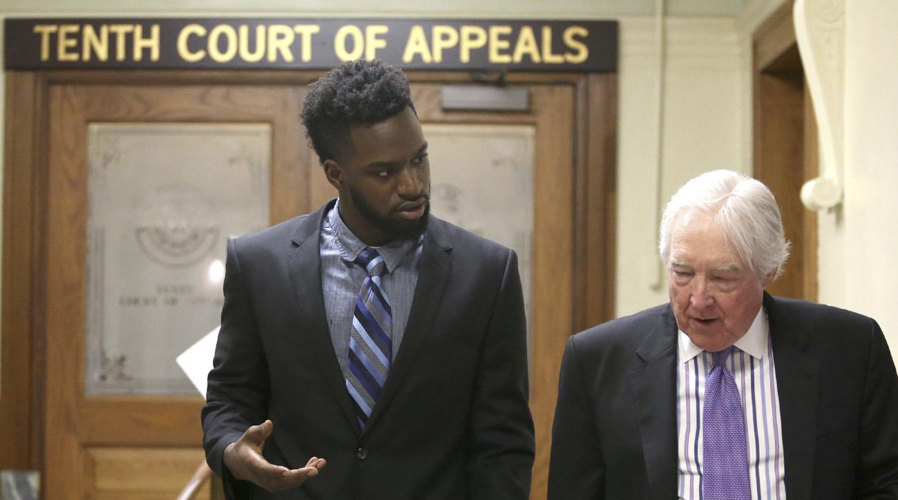 Sam Ukwuachu: Baylor football player's conviction overturned