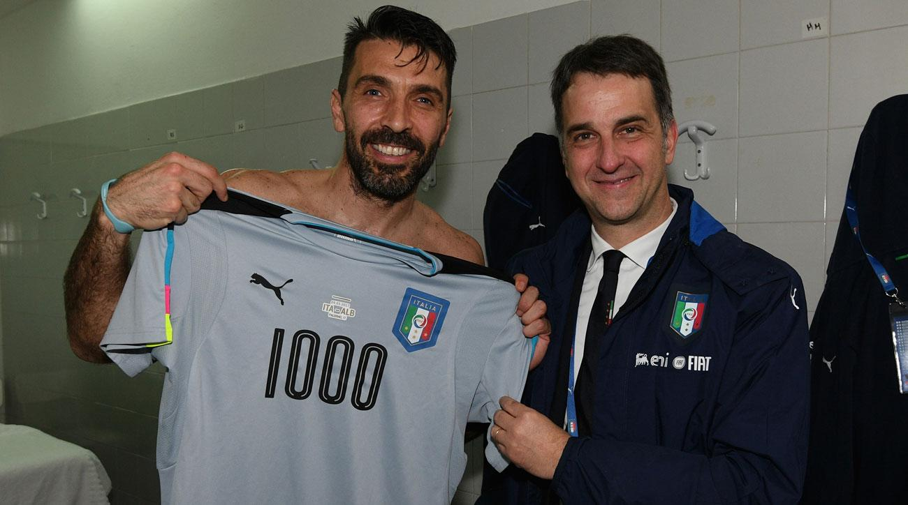 Gianluigi Buffon and Italy beat Albania in World Cup qualifying