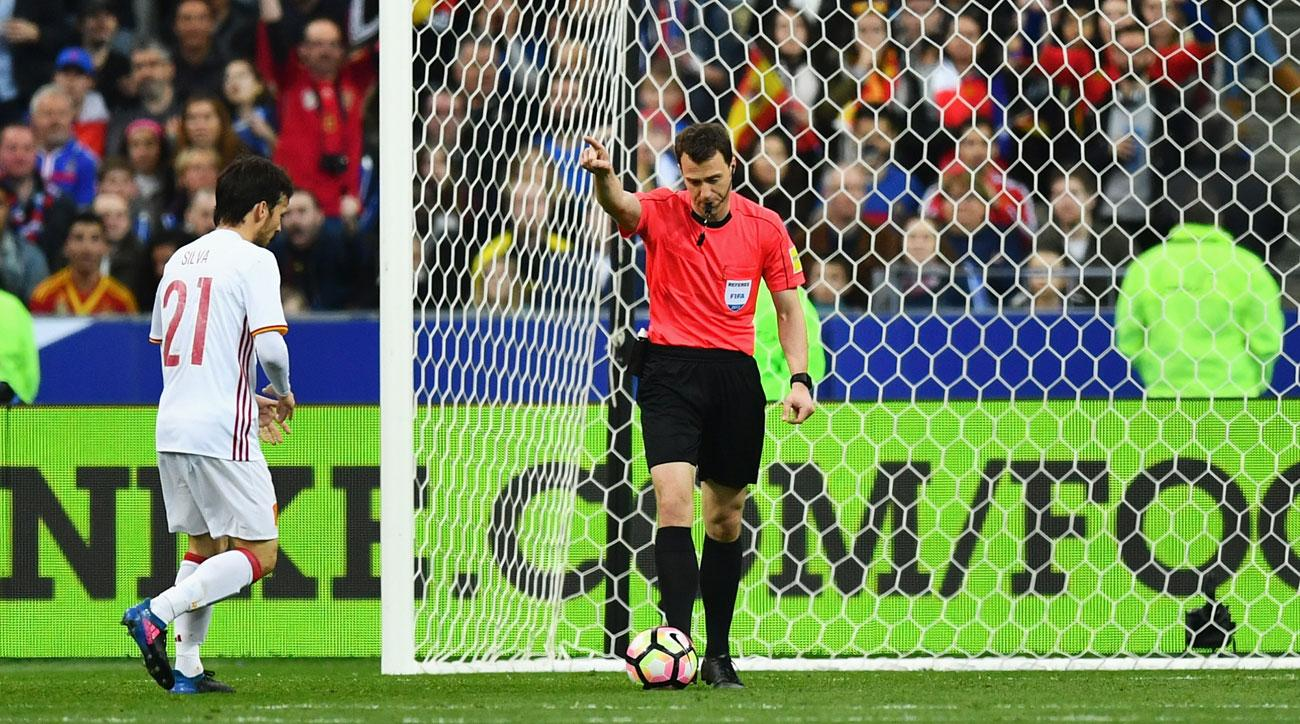 VAR helps Spain beat France in a friendly