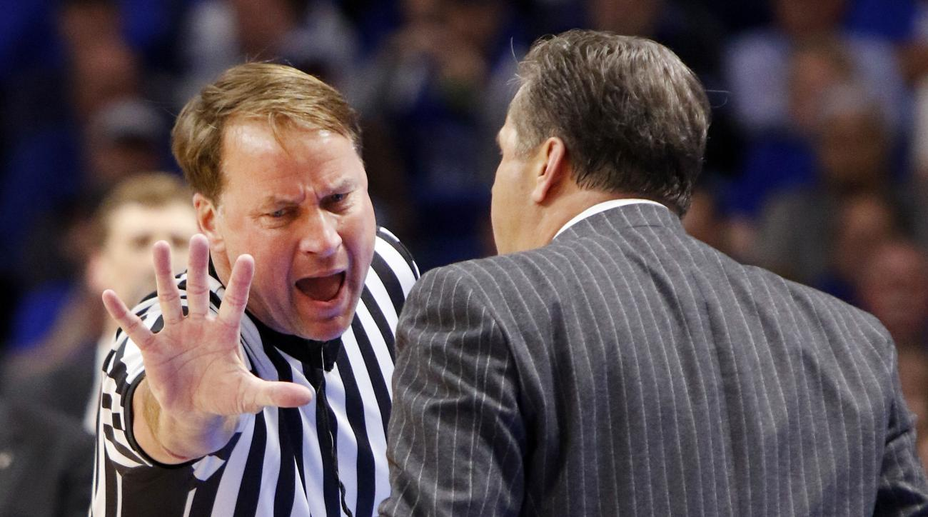 Referee Higgins files lawsuit against Kentucky-based media company over fan threats
