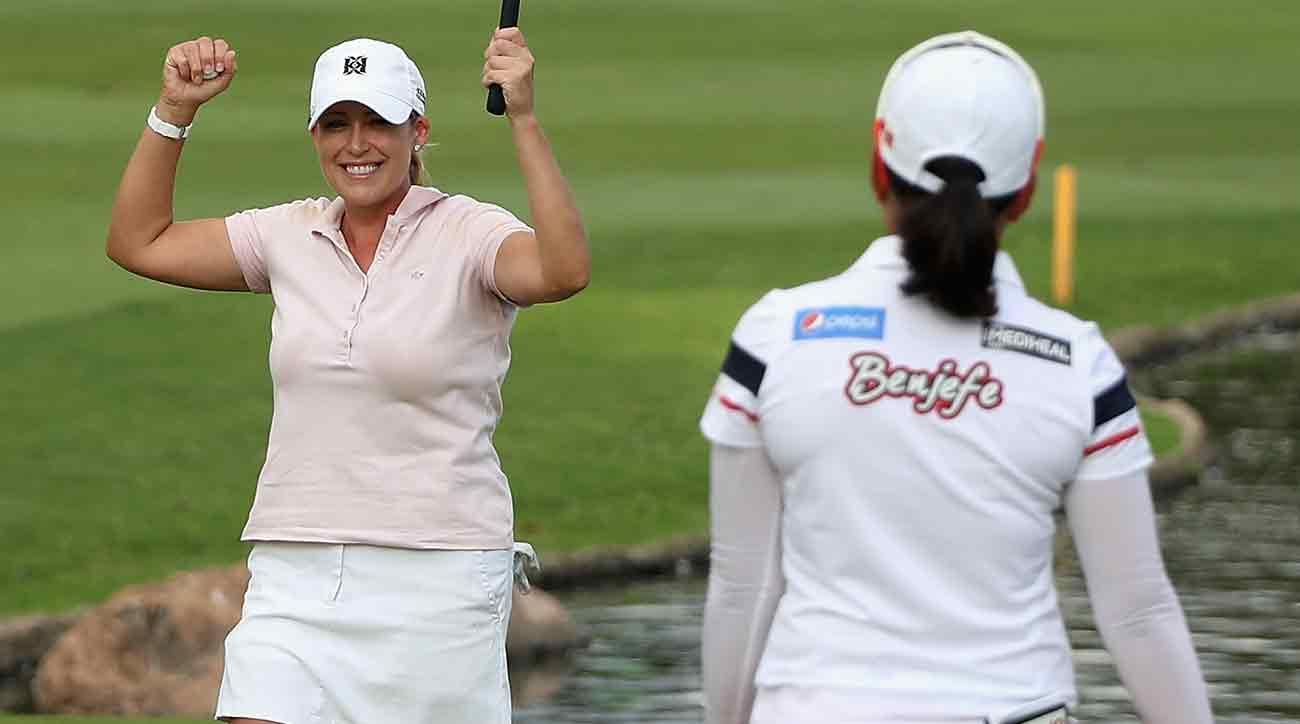 Cristie Kerr celebrates alongside Su-Yeon Jang after winning the LPGA LOTTE Championship Sunday.