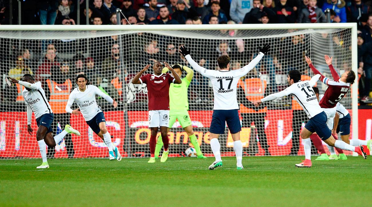 Blaise Matuidi scores for PSG vs. Metz