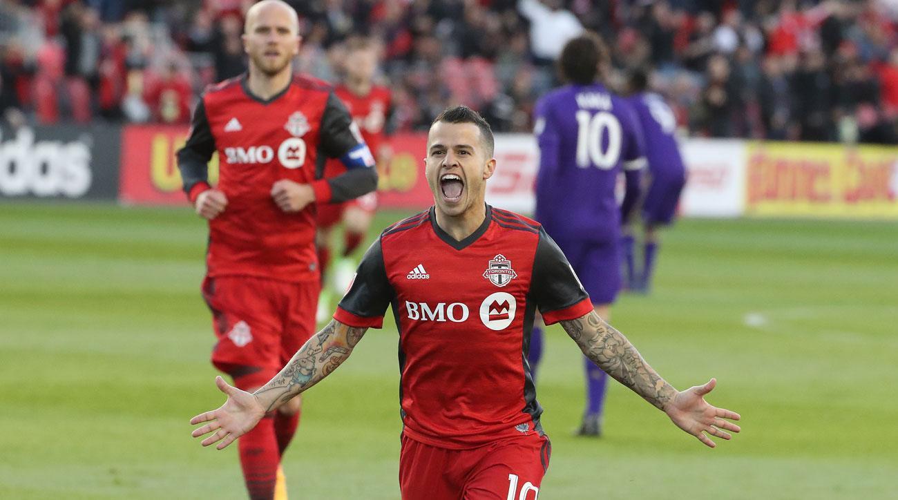 Toronto FC beats Orlando City 2-1