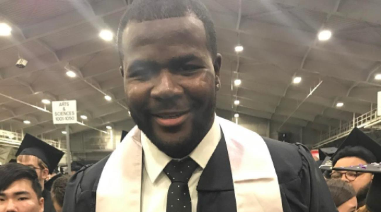 cardale jones graduation cap tweet