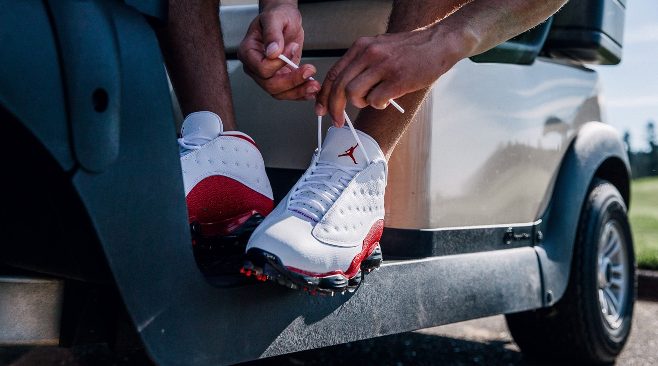 The AJ13 takes the original 1997 design of the Jordan 13 and brings it to the golf course.