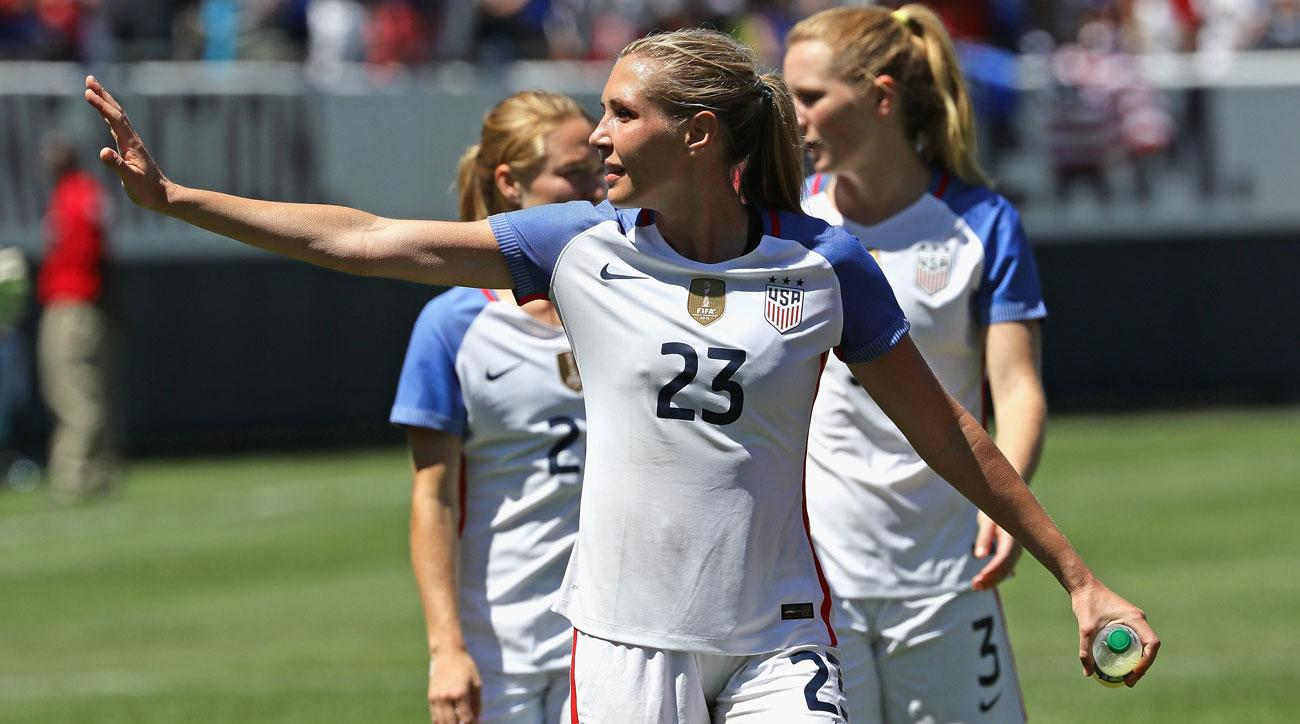 Allie Long is at the center of a tampering saga between Lyon and US Soccer