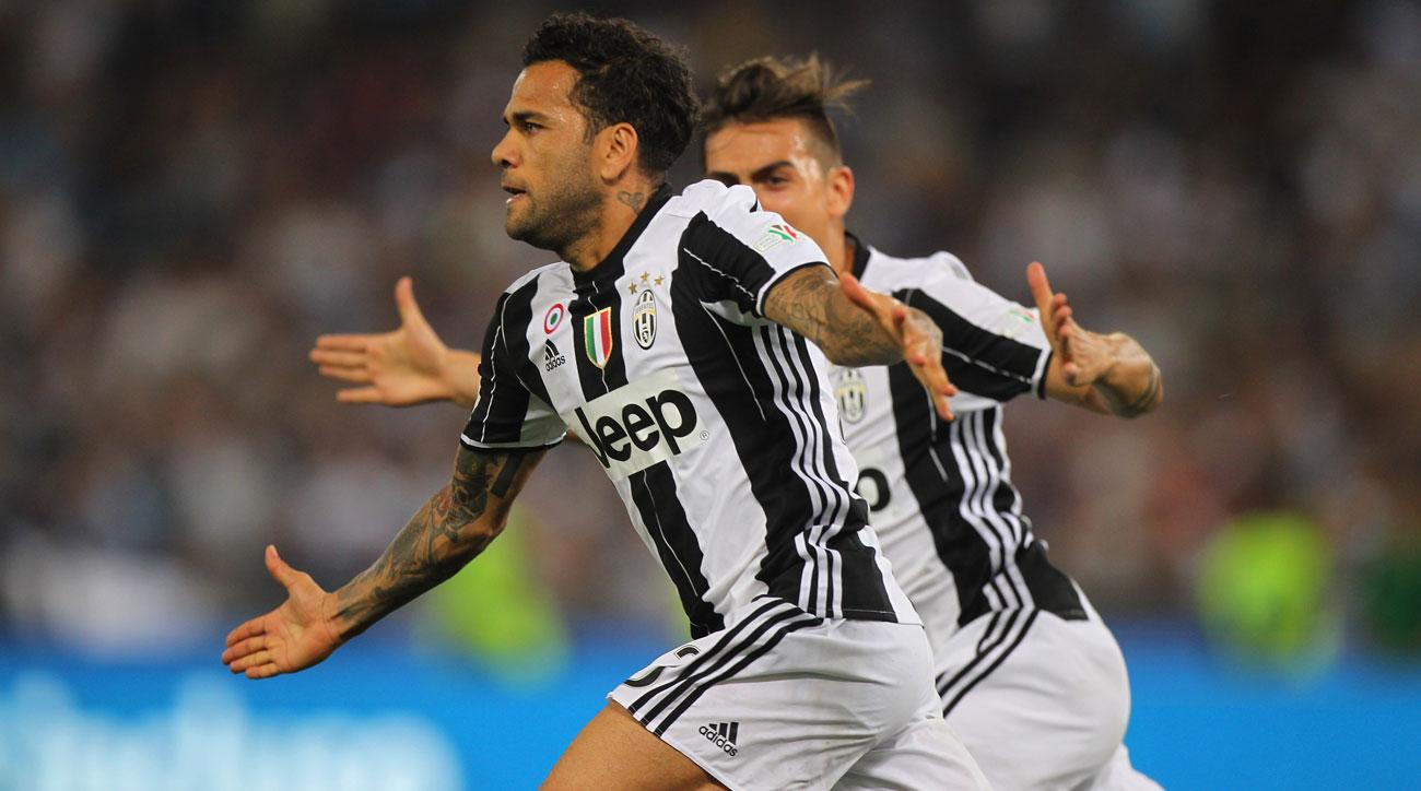 Dani Alves scores for Juventus in the Coppa Italia final