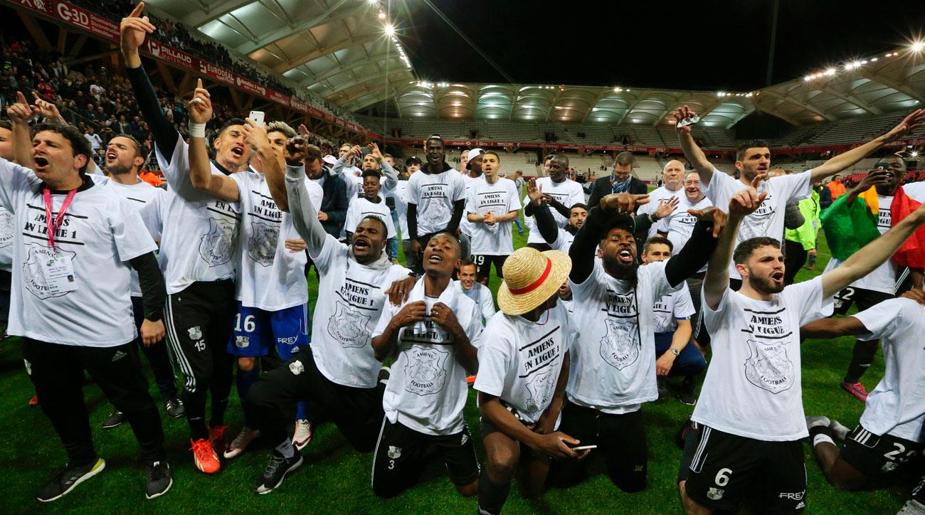 Amiens clinches promotion on the last kick of the Ligue 2 season