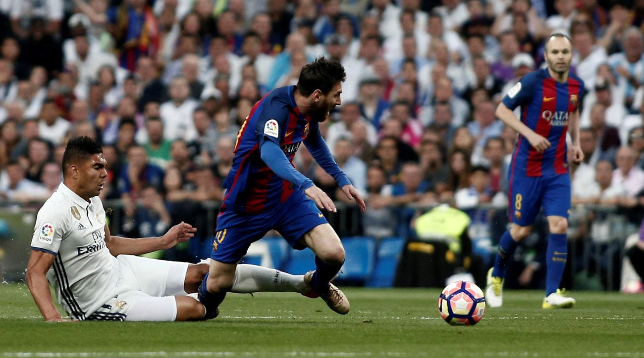 Barcelona and Real Madrid are going down to the last day to decide La Liga