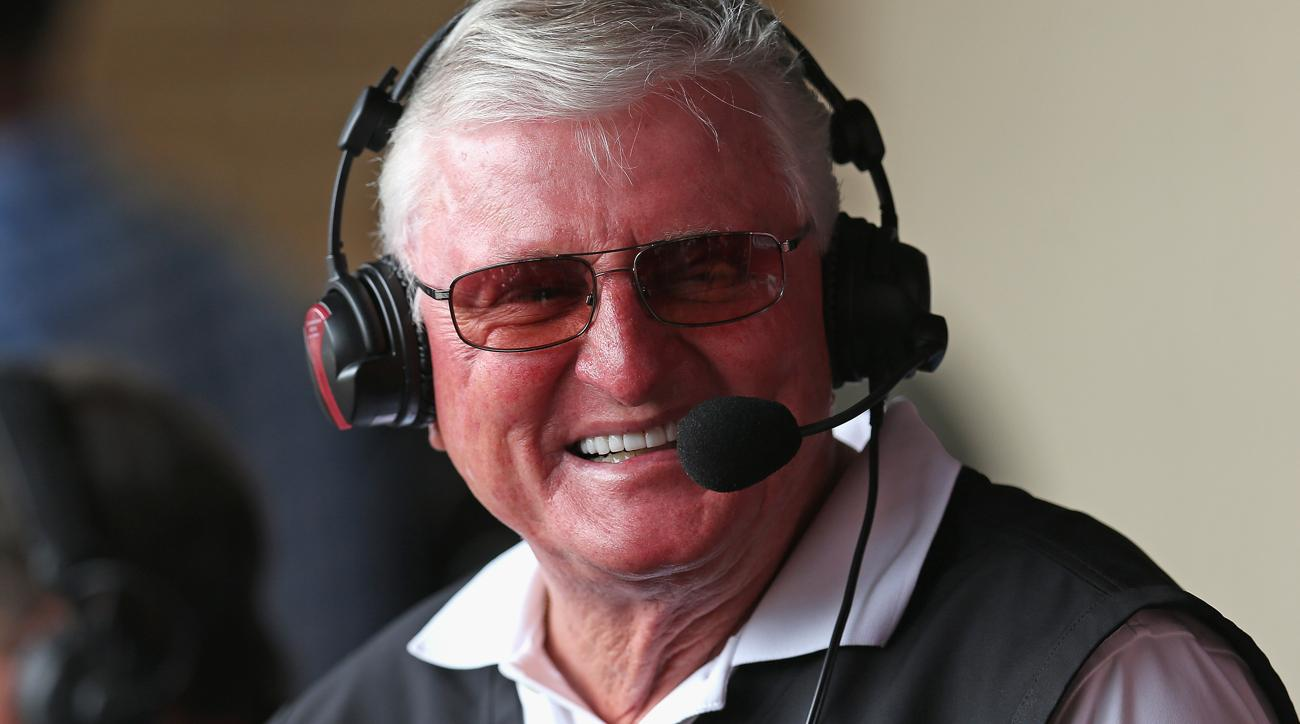Long-time White Sox broadcaster Hawk Harrelson to retire following 2018 season