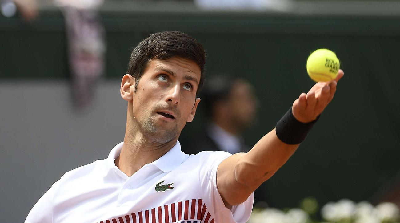 Novak Djokovic sends roses to women s players at French Open