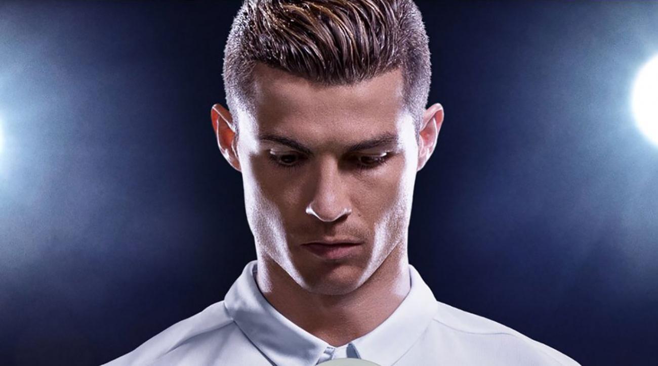 Cristiano ronaldo featured on fifa 18 cover for Cristiano ronaldo