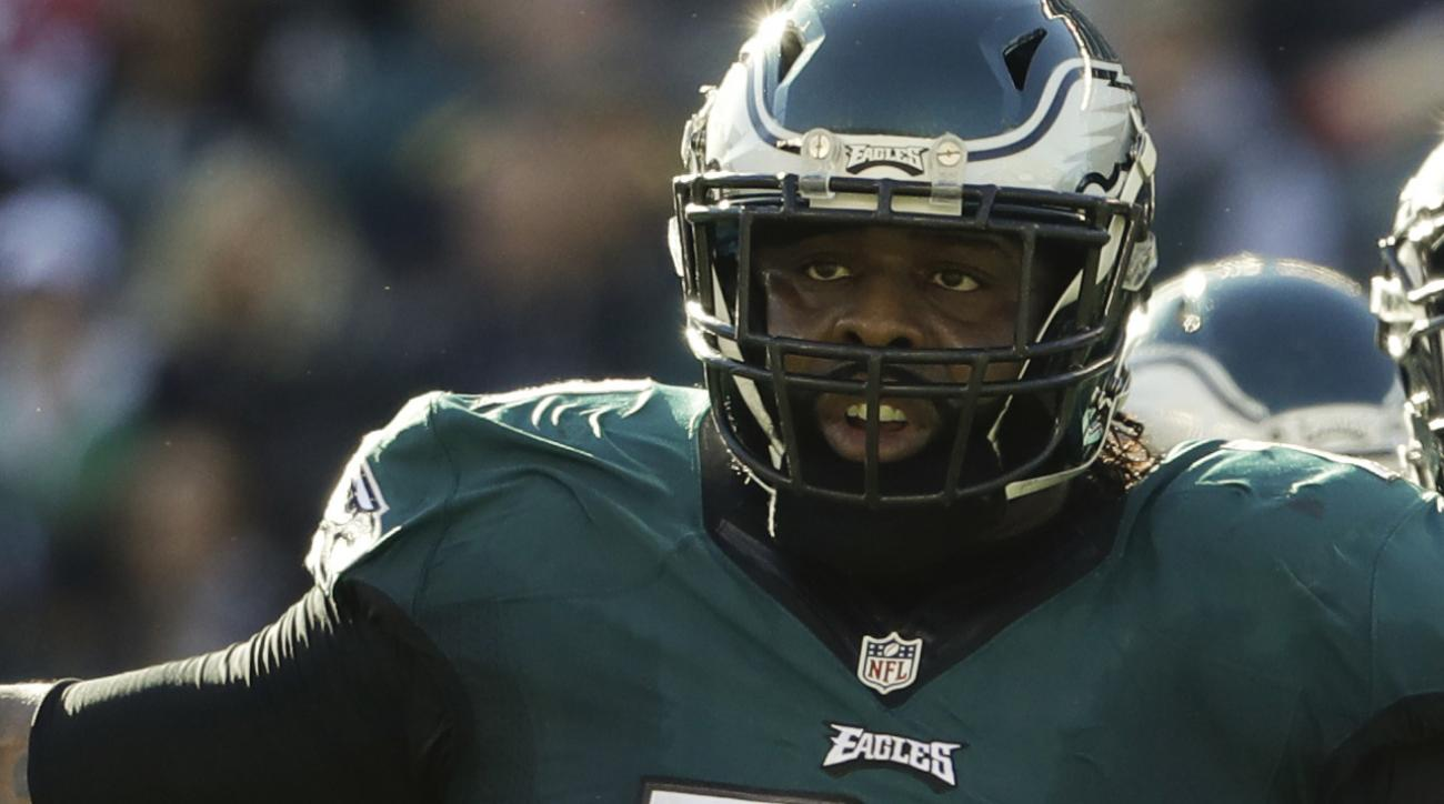 Eagles sign Jason Peters to one-year extension