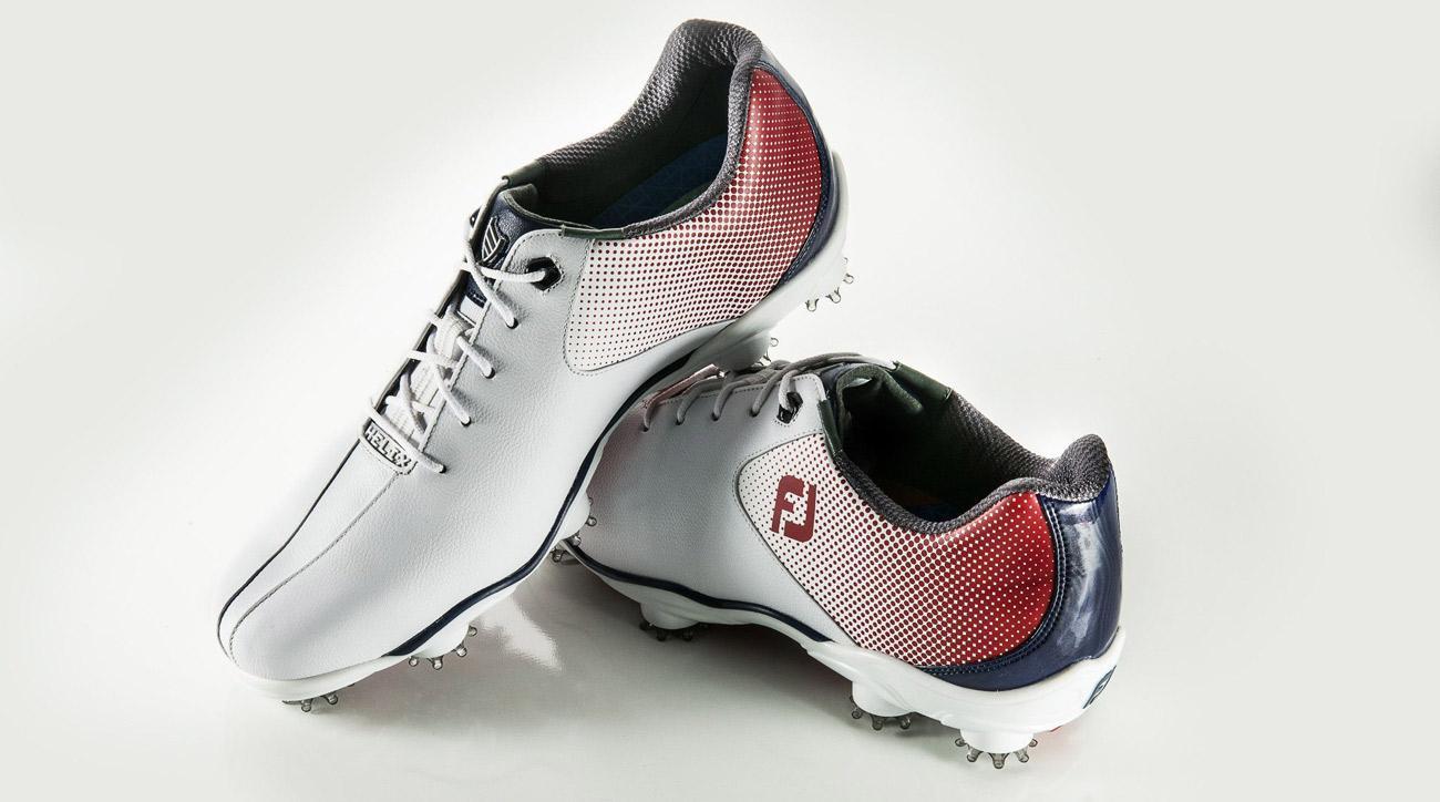 The new FootJoy D.N.A. Helix golf shoe.