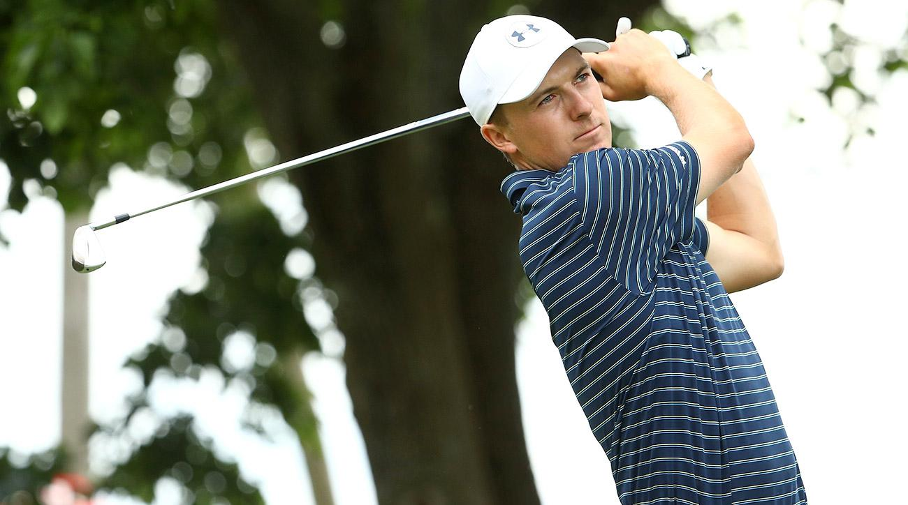Jordan Spieth watches a shot during the final round of the Travelers Championship on Sunday.