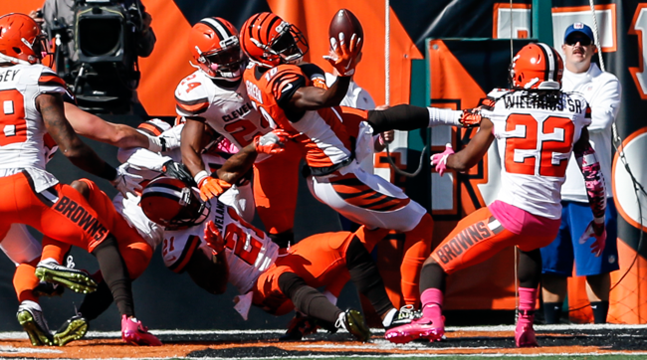 Bengals wideout A.J. Green makes an improbable touchdown reception against the Browns in 2016.