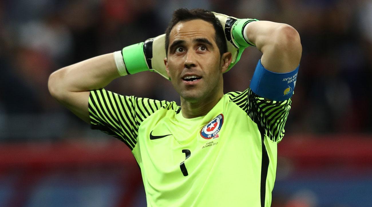 Санчес и Браво помогут Чили в матче с Уругваем