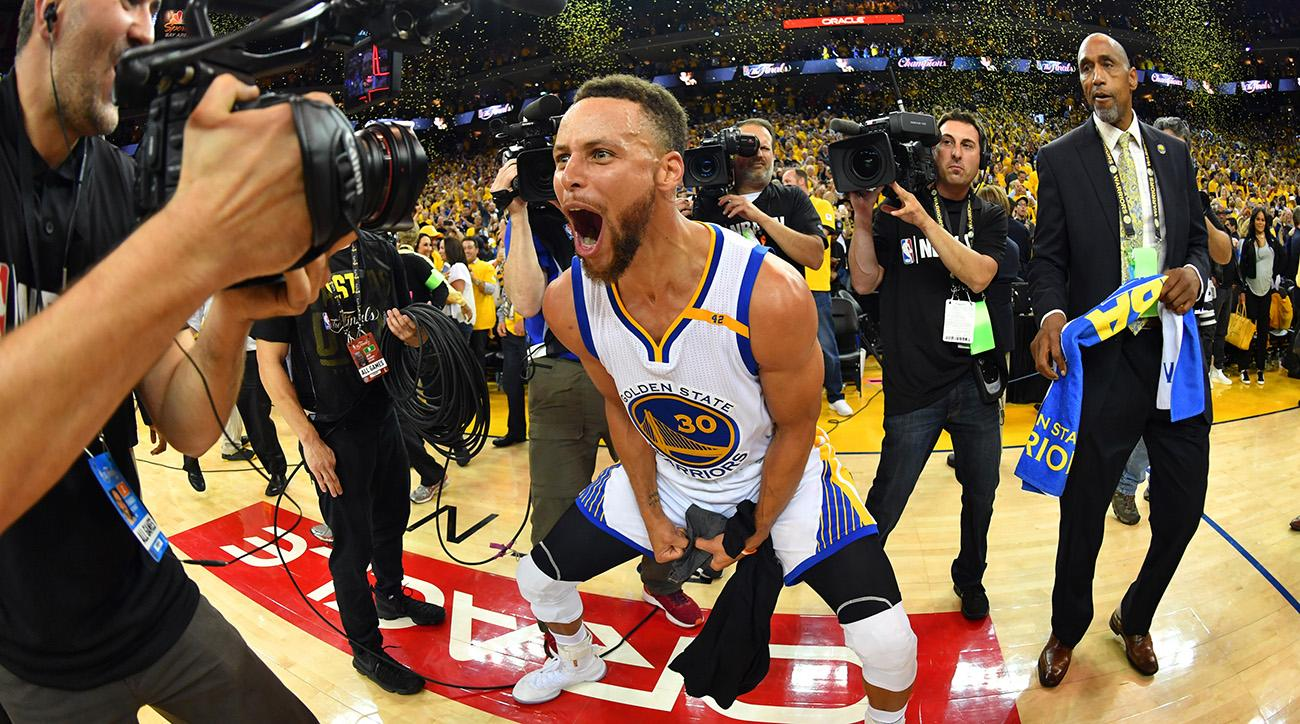 adf27bd6eae Warriors Lavish Stephen Curry With Record  201 Million Deal