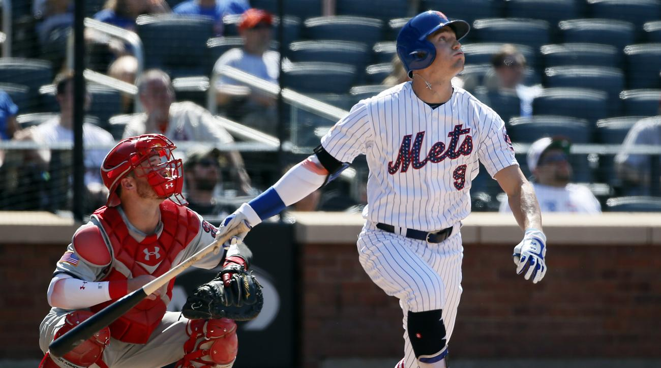 Mets rising outfielder has collapsed lung