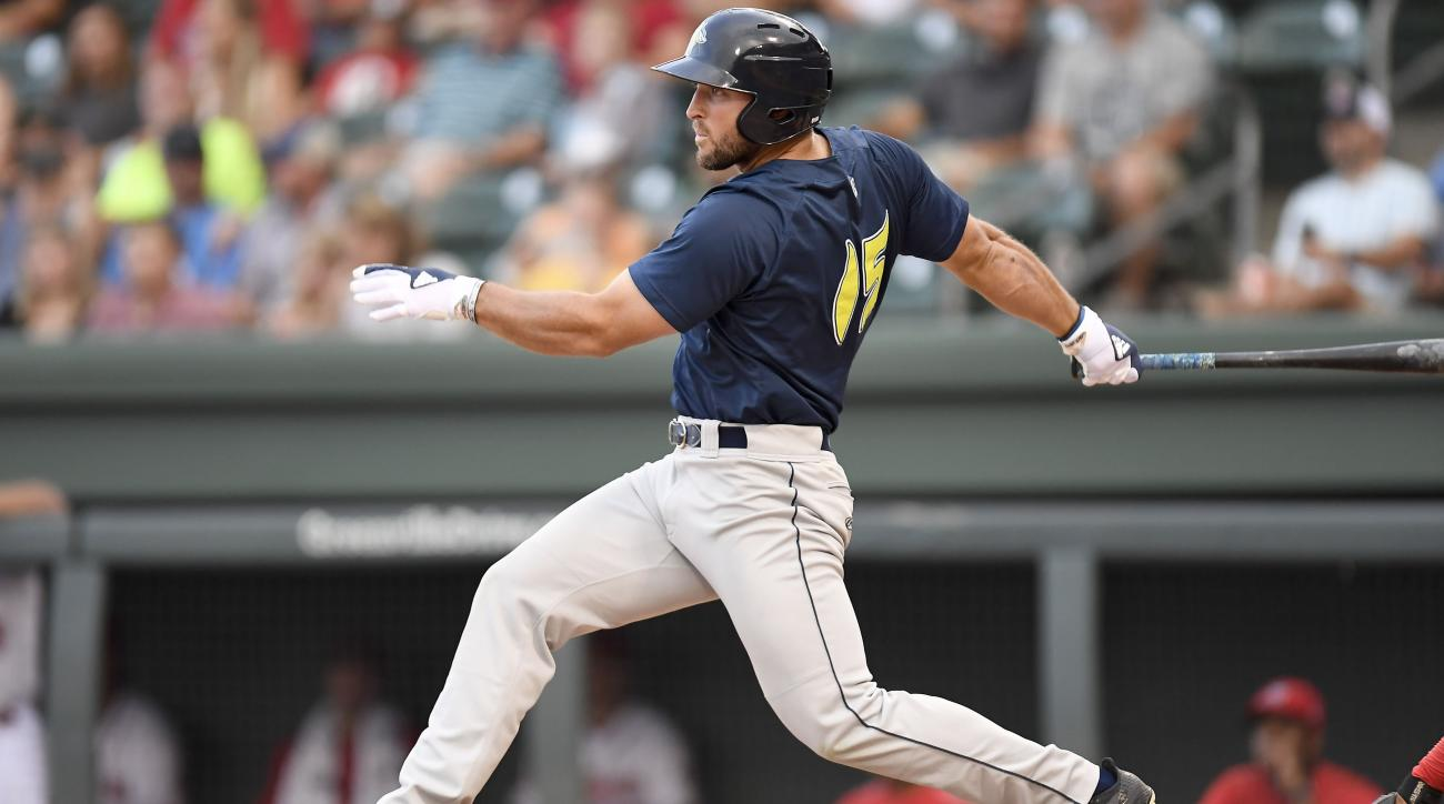 Tim Tebow Hits A Seventh-Inning Walk-Off Homer