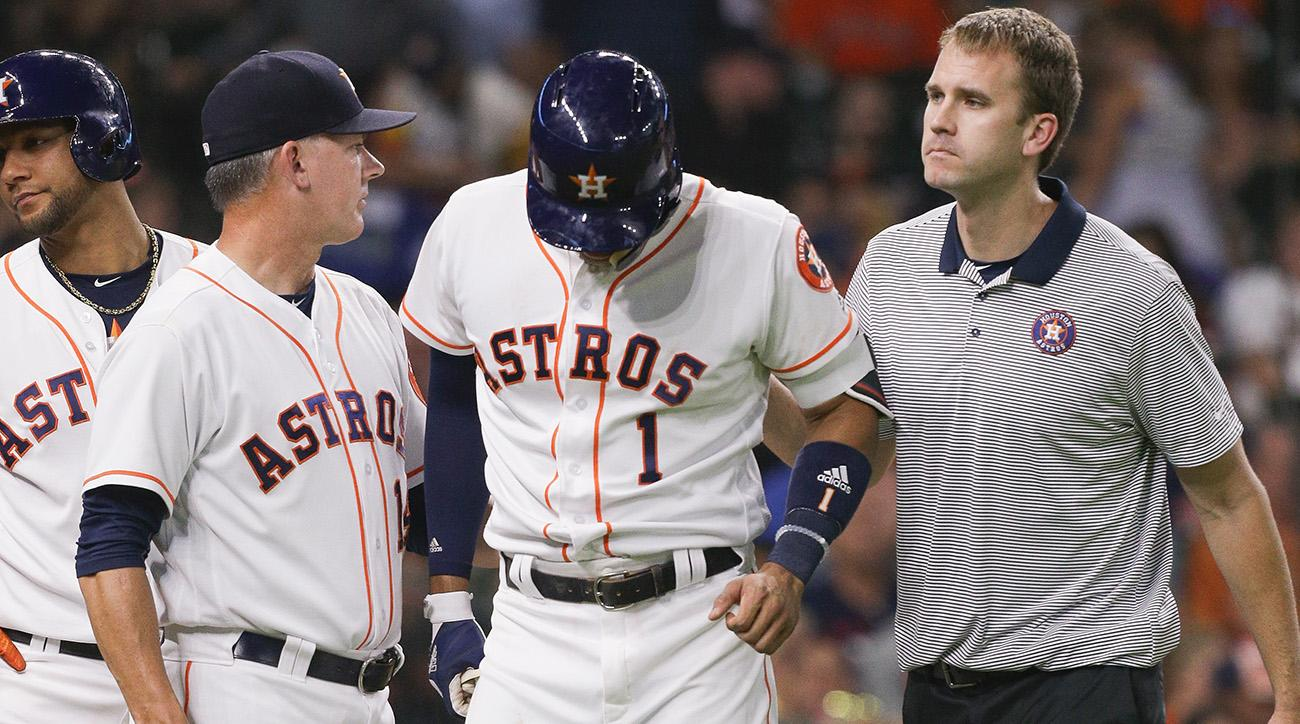 Carlos Correa Exits Game With Jammed Left Thumb