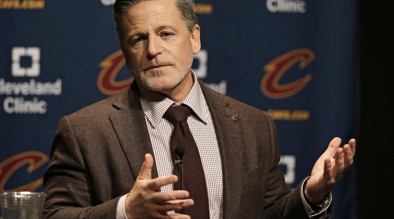 Cavs owner Dan Gilbert apologizes for controversial Detroit ad