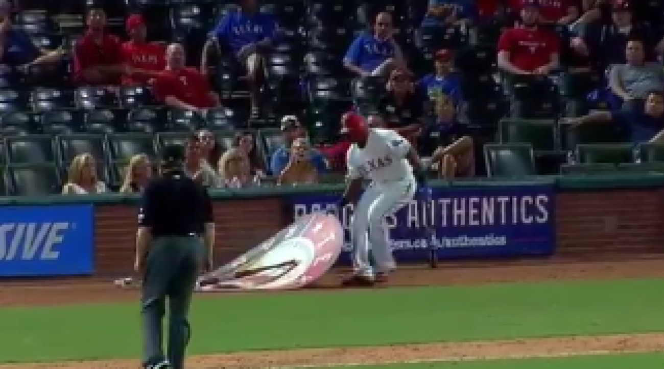 Texas Rangers' Adrian Beltre gets tossed after relocating on-deck circle