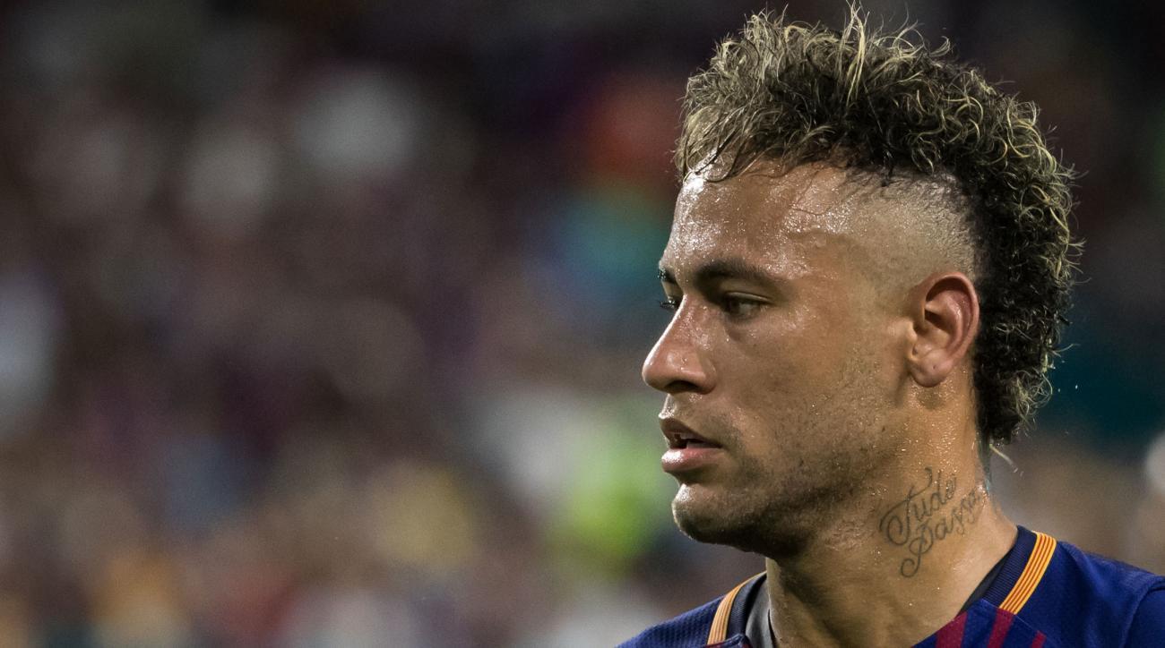 Neymar move sparks fee debate — Trending