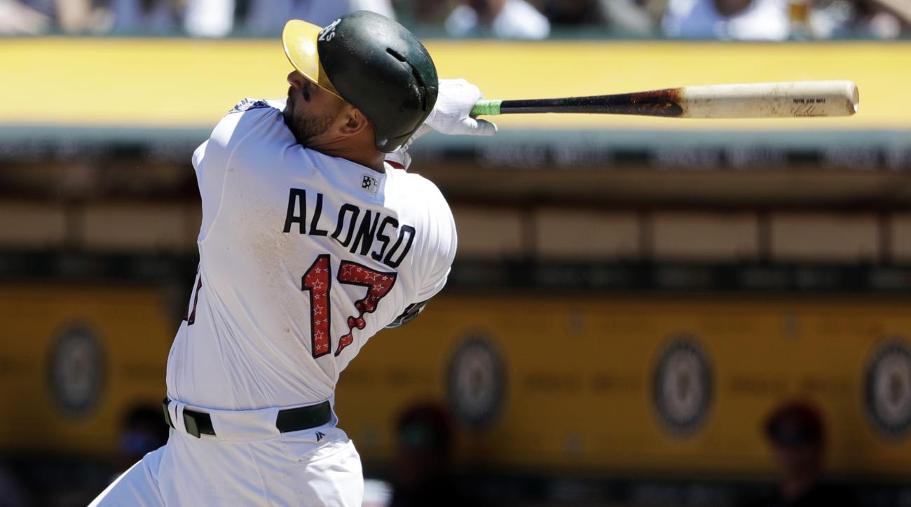 Mariners add a bat, acquire Yonder Alonzo from the Oakland A's